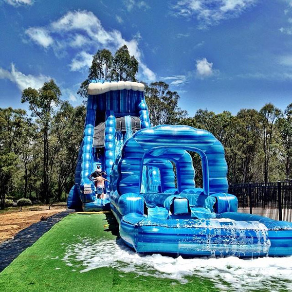 Falls festival gets a water park v on foxtel for Pool show on foxtel